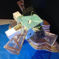 Estudiante: Isabela Castillo Universidad Antonio Nariño - Villavicencio  Primer semestre, proyecto de composición  Concepto formal: Libélula  Usuario: Deportista de saltos ornamentales