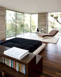 Modern Houses in Eco Style, Casa Luz House Design by Paz Arquitectura Interior Architecture, Interior And Exterior, Level Homes, Home Bedroom, Bedrooms, Modern Bedroom, Master Bedroom, Bedroom Furniture, Modern House Design