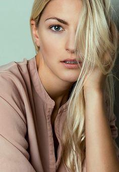 Model Deborah W.