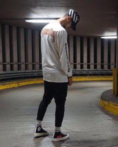 829dc57c58d04c CDG Converse x Purpose tour Boy Fashion