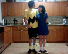 Adorable Charlie Brown & Lucy Halloween Couples Costumes--maybe Schroeder and Lucy or Charlie Brown and the little redhaired girl!