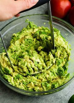 This quick & easy guacamole recipe is made with a handful of healthy ingredients and is ready in 5 minutes! This simple guacamole dip is our favorite appetizer and we always make it on taco nights! Watch the video to learn how to make this guacamole recipe! #guacamole #guacamolerecipe #tacos #appetizer #dip Guacamole Dip, Quick Guacamole Recipe, Homemade Guacamole, Cookbook Recipes, Lunch Recipes, Appetizer Recipes, Mexican Food Recipes, Healthy Recipes, Mexican Cooking