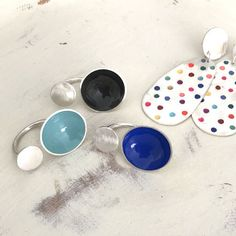 bubble-rings Silver Jewelry, Silver Rings, Double Ring, Enamel Paint, Aqua Color, Simple Designs, Bubbles, Shapes, Sterling Silver