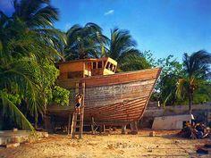 'Building The Noah's Ark' by Maria Gonzalez Colombian Cities, Colombian Culture, Santa Marta, Conquistador, Caribbean Sea, Sierra Nevada, West Indies, Historical Sites, Outdoor Activities