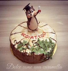 Cake for the celebration of 'last year of kindergarten my son Nicolò ♥ Squirrels graduates ready to enter primary school! by Dolce come una caramella Squirrel Cake, Squirrel Food, Woodland Cake, Fondant Animals, Animal Cakes, Character Cakes, Disney Cakes, Cake Pictures, Novelty Cakes