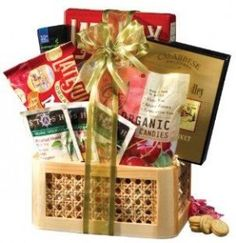 Broadway Basketeers Organic and Natural Healthy Gift Basket - A Healthy Gift Bas. Broadway Basketeers Organic and Natural Healthy Gift Basket – A Healthy Gift Basket Gourmet Gifts, Food Gifts, Gourmet Recipes, Gift Baskets For Men, Christmas Gift Baskets, Holiday Gifts, Christmas Gifts, Broadway, Cheap Candles