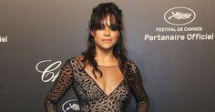 """Conhecida por papéis de mulheres duronas, como Rain em """"Residente Evil"""" e Letty em """"Velozes e Furiosos"""", a atriz Michelle Rodriguez também compareceu à festa da Chopard Gold Party que aconteceu na noite desta segunda-feira (18) durante o 68º Festival de Cannes"""