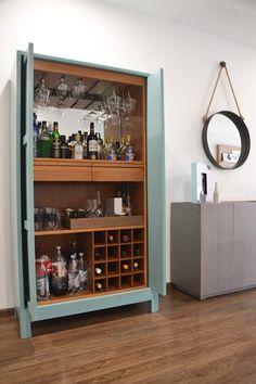 Corner Liquor Cabinet, Home Bar Cabinet, Mini Bars, Bar Sala, Armoire Bar, Green Dining Room, Balcony Bar, Bar A Vin, Bar Interior Design