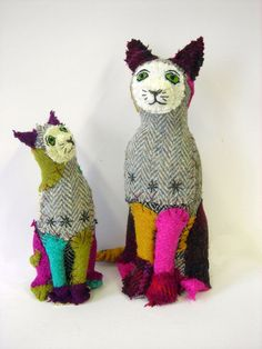 Cat and kitten in Harris Tweed. Textile animals by Karen Suzuki: https://namelesswonders.jimdo.com/current-and-ongoing-work/  https://namelesswonders.jimdo.com/buy-work/  411f5134b852b5a422085d5f74e83127.jpg