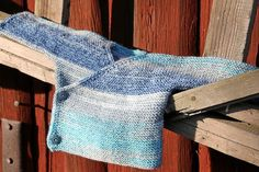 Baby Barn, Bra Hacks, Baby Knitting Patterns, Knitting Ideas, Baby Sweaters, Sweater Cardigan, Free Pattern, Knit Crochet, Sewing