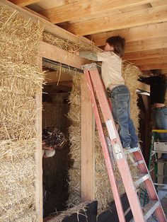 Strawbale house - The Depth of a Door Frame.. SO CLEAN & HEALTHY:)