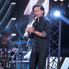 "Jack Savoretti wears Brooksfied on stage during his European Tour ""written in scars"" - Cocacola summer festival Roma"