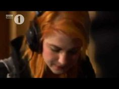 Paramore - Use Somebody (acoustic) (Cover Kings Of Leons) BBC Radio 1 Live Lounge