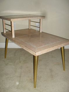 Exceptionnel Retro Two Tiered Side Table From Lane Manufactured In 1960s