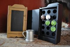 PRIMITIVE-COUNTRY-COFFEE-KEEP-FOR-K-CUPS-BLACK-COLOR