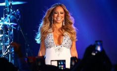 Mariah Carey Photos - Mariah Carey performs at Crown Casino's New Year's Eve Party at Crown Palladium on December 2015 in Melbourne, Australia. - Mariah Carey Performs at Crown Casino's New Year's Eve Party Bryan Tanaka, Mariah Carey Photos, Carnival Rides, Fall From Grace, Tyler Perry, New Years Eve Party, Ladies Day, Getting Married