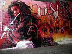 Distorsion Urbana: El niño de las Pinturas, el arte del Sur.