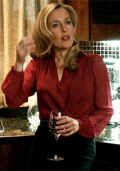 Gillian Anderson in Hannibal Dana Scully, Gillian Anderson The Fall, Stella Gibson, Illinois, Before Us, Celebs, Celebrities, Best Actress, American Women