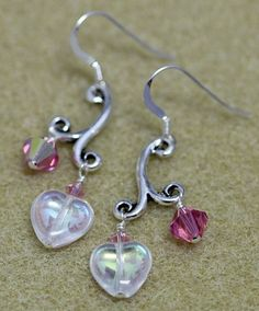 Melody of My Heart Earrings from Bead World: free earring tutorial for sweet Swarovski crystal and Czech glass heart earrings with TierraCast melody links.