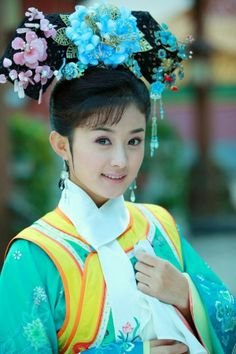 Beautiful actresses and Chinese traditional clothing – a very extensive list My Fair Princess, Beautiful Chinese Women, Ancient Beauty, Chinese Actress, Chinese Culture, Angelababy, Hanfu, Unique Outfits, Traditional Dresses
