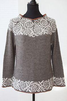 Akebia pattern by Kate Gilbert, . - Akebia pattern by Kate Gilbert, … Fair Isle Knitting, Knitting Yarn, Hand Knitting, Vogue Knitting, Sweater Knitting Patterns, Knitting Designs, Knit Patterns, Punto Fair Isle, Icelandic Sweaters