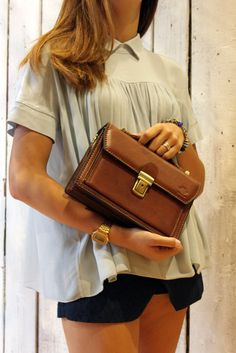 MINI DOCT BAG Handmade Italian  Vintage  Leather Clutch\messanger di LaSellerieLimited su Etsy