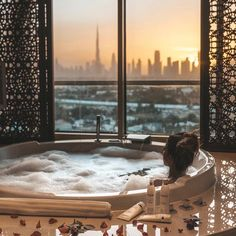 Hottest Photo Luxury Bathroom dubai Thoughts Ensuring a bath room life up to the luxury aesthetic of your other house can be difficult, particula Luxe Life, Dream Bathrooms, Small Bathroom, House Goals, Life Goals, Best Interior, Luxury Living, Home Design, Interior Design