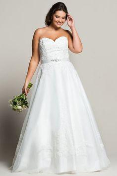 Robe de mariée grande taille satin et tulle avec perles, Navabi