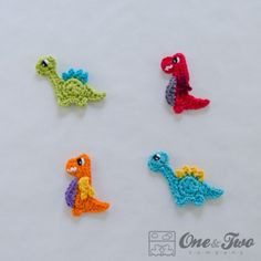One of my very favorite authors of crocheted appliques has a newest addition...dinos!!