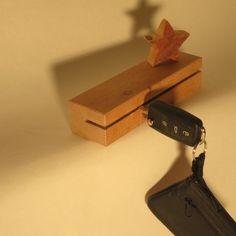 Schlüsselbrett Buche 20x5x4 cm von FliegenLiese auf DaWanda.com