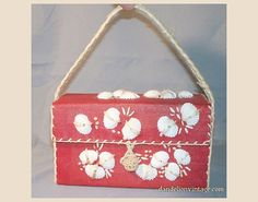 Small Red Straw Box Purse with Seashells - Vintage 1960s Purse