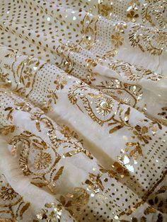 Discover thousands of images about Mukaish Work Lehenga Set Lehenga Wedding, Pakistani Wedding Outfits, Bridal Outfits, Embroidery Suits Punjabi, Hand Embroidery Dress, Zardozi Embroidery, Couture Embroidery, Indian Dresses, Indian Outfits