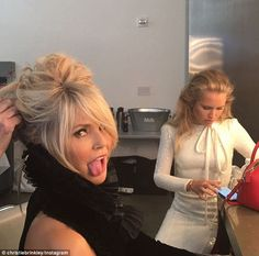 The blonde Eighties icon pulled a Miley Cyrus by sticking out her tongue when at a photo shoot for L'Officiel with daughter Sailor Lee, She is 62 and looking as good as ever. Christie Brinkley, Miley Cyrus, Facial, Hair Cuts, Hair Color, Daughter, Dreadlocks, Photoshoot, Celebrities