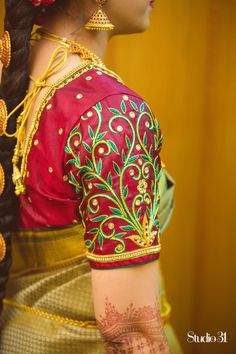Wedding blouses - Blouses are the heart of your wedding attire, so here's a board completely dedicated to wedding s - Peacock Blouse Designs, South Indian Blouse Designs, Best Blouse Designs, Simple Blouse Designs, Bridal Blouse Designs, Blouse Neck Designs, Mirror Blouse Design, Hand Work Blouse Design, Maggam Work Designs