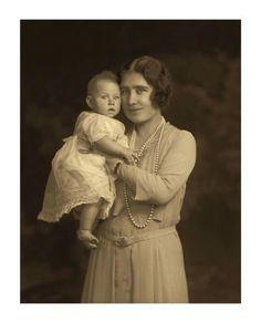 Prinzessin Margaret mit Königin Elizabeth