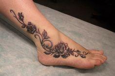 Tribal Foot Tattoos, Cute Foot Tattoos, Pretty Tattoos, Small Tattoos, Foot Tattoos Girls, Tattoo Henna, Anklet Tattoos, Tattoos Bein, Body Art Tattoos