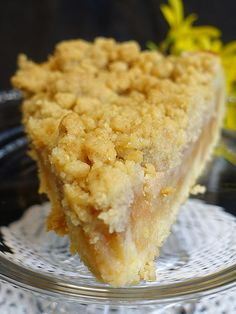 Delicious apple pie with crumbles - Apple crumble cake Just like plum cake, we make the perfect apple cake with crumble from shortcrust - Vegan Recipes Easy, Baking Recipes, Cake Recipes, Dessert Recipes, Apple Crumble Cake, Apple Pie, Food Cakes, Shortcrust Pastry, Fall Desserts
