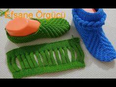 Construction of the meaningful booties model audio narration (silkyididununun booties model) - Ziyaret edilecek yerler Plushie Patterns, Baby Knitting Patterns, Crochet Patterns, Diy Crochet Slippers, Crochet Shoes, Knitting Socks, Knitted Hats, Free Crochet, Knit Crochet