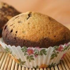 Csokidarabos muffin | Nosalty Muffin, Breakfast, Food, Morning Coffee, Essen, Muffins, Meals, Cupcakes, Yemek