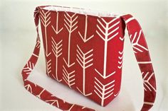 Cross Body Bag | Red and White Premier Print Cross Body Bag | Red Shoulder Bag | We like this at www.haveheartdaily.net