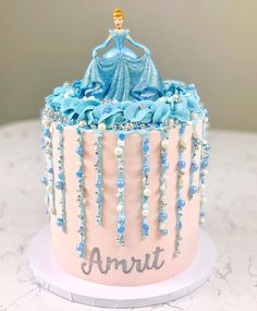 A magical princess cake with all the sparkle Lettering created using Birthday Cake Decorating, Cake Decorating Supplies, Decorating Tips, Cake Icing, Drip Cakes, Sprinkles, Birthday Parties, Cupcakes, Candy