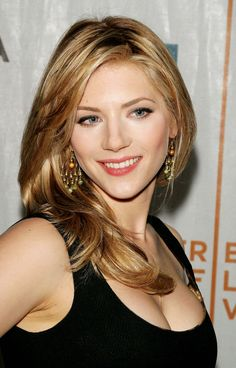 Katheryn Winnick Hot Pictures