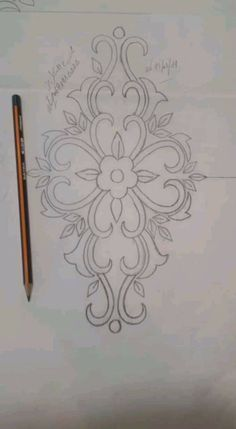 Discover thousands of images about Kim Bass Hand Embroidery Design Patterns, Hand Embroidery Patterns, Beaded Embroidery, Embroidery Stitches, Crochet Patterns, Motifs Perler, Wreath Drawing, Quilling Patterns, Japanese Embroidery
