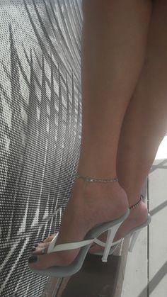Open Toe High Heels, Hot High Heels, Nylons, Stockings Heels, Sexy Sandals, Sexy Legs And Heels, Lovely Legs, Female Feet, Women's Feet