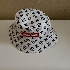 ec4cabd1ec938 Supreme Louis Vuitton Reversible Bucket Hat A Louis Vuitton Bucket Hat  never worn. Just like