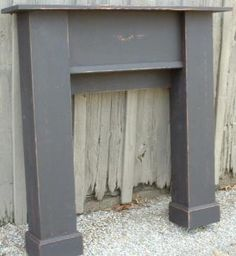 I need to make this fireplace mantel! ~ Primitive homes - Country Rustic & Primitive Handmade Wood Furniture & Furnishing Home . Primitive Homes, Primitive Mantels, Primitive Fireplace, Fake Fireplace, Fireplace Mantles, Fireplaces, Faux Mantle, Primitive Country, Rustic Mantle