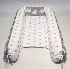 Removable mattress double sided baby nest for newborn babynest sleep bed snuggle nest sleep nest co sleeper Baby Nest Bed, Snuggle Nest, Baby Sleepers, Crochet Bebe, Baby Cover, Baby Pillows, Fantastic Baby, Baby Arrival, Baby Crafts