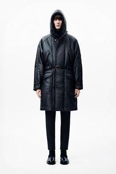 Christopher Kane Menswear Autumn Winter 2014 Collection Christopher Kane, Vogue Paris, Tuxedo Coat, Fashion Show, Mens Fashion, Fall Fashion, Winter Fashion Casual, Casual Winter, Winter Style