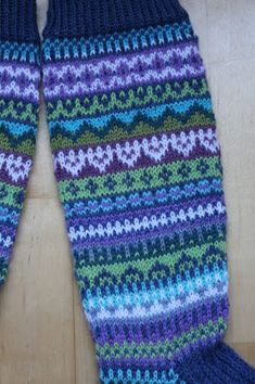 Knee High Socks, Leg Warmers, Mittens, Knitting Patterns, Mosaic, Projects To Try, Clothes For Women, Crochet, How To Make