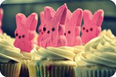 Cutest cupcakes ever! Easter Peeps Cupcake Recipe Couldn't Be More Adorable http://thestir.cafemom.com/food_party/153302/easter_peeps_cupcake_recipe_couldnt?utm_medium=sm&utm_source=pinterest&utm_content=thestir&newsletter